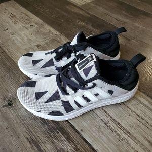 Adidas shoes 7.5